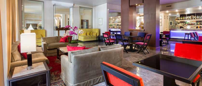 italy_montecatini_treasures-of-tuscany-Hotel Francia & Quirinale, lounge-bar.jpg